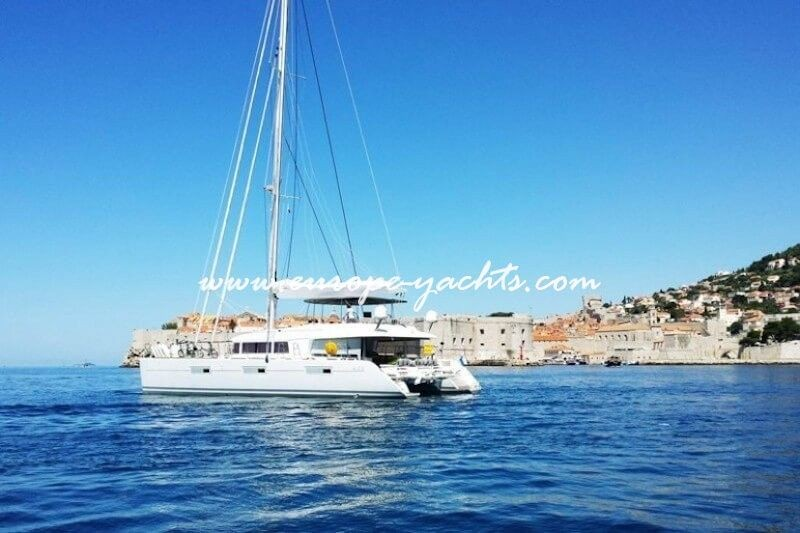 Skippered catamaran for charter in Croatia, Greece and Italy