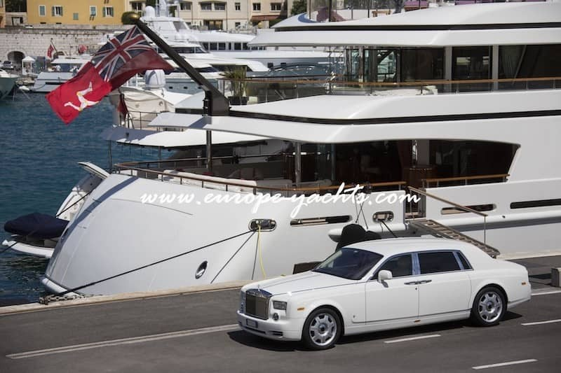 Private Transfer On Yacht